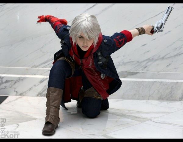 Nero from Devil May Cry 4 cosplayed by Ratsukorr