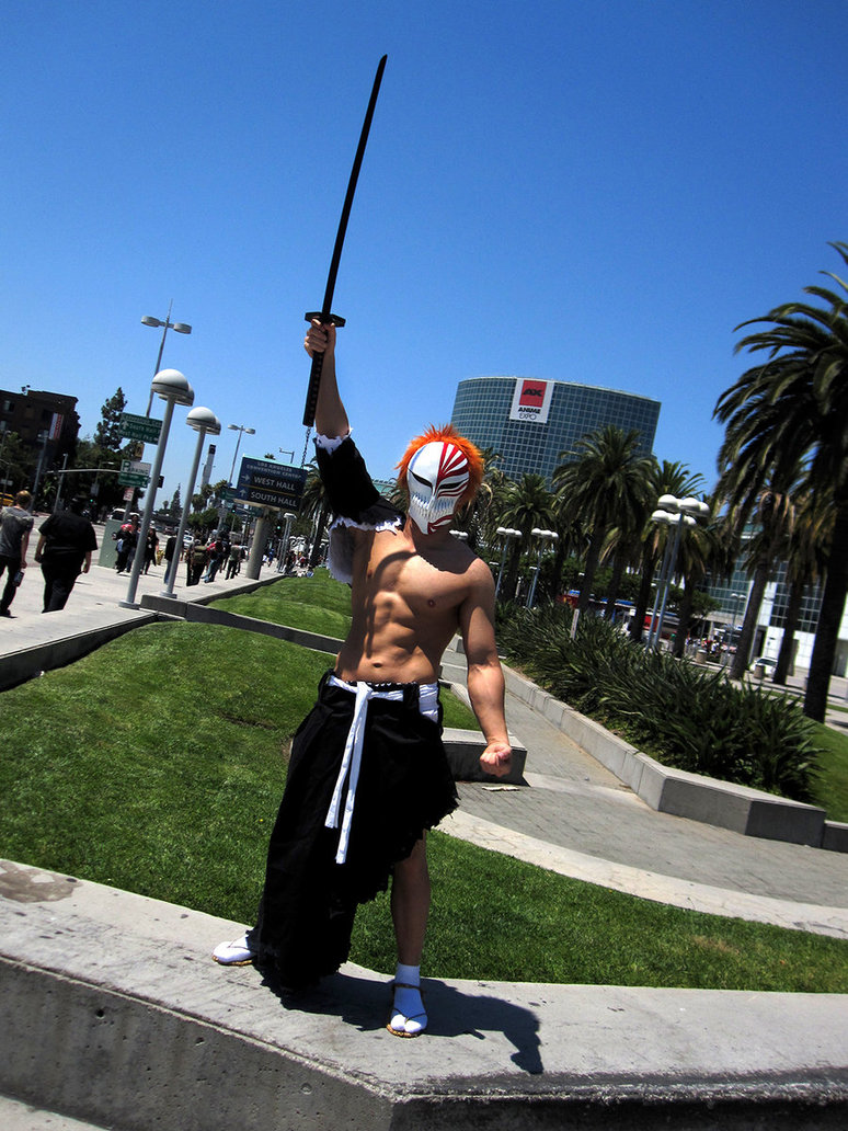 anime_expo_2011_living_ichigo3_by_ssj4theo-d3la664