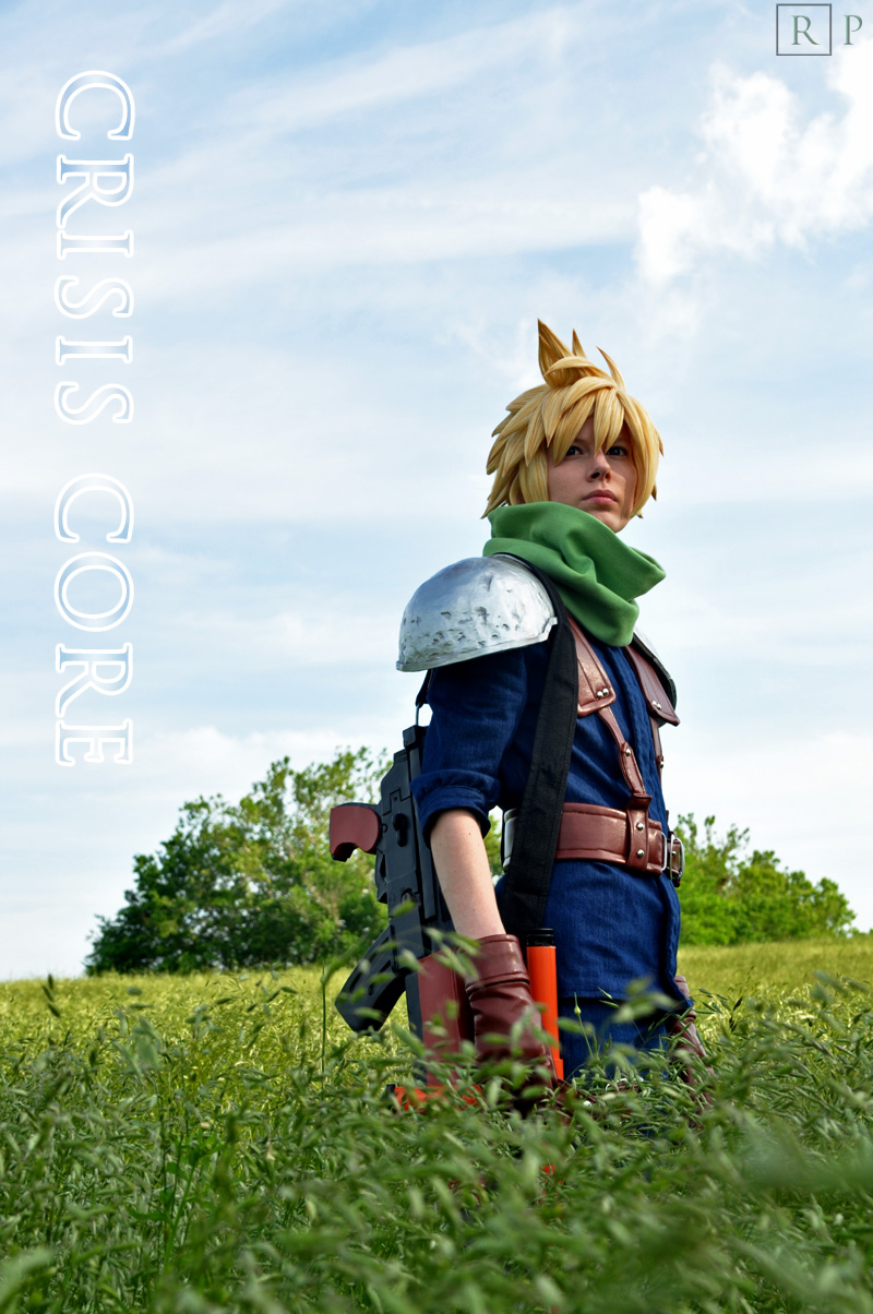 cloud_strife_cosplay_teaser_by_malindachan-d3ho0l0