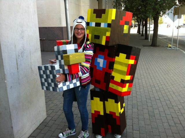 minecraft_iron_man_and_mr__chicken_by_mellonshow-d5tasa3